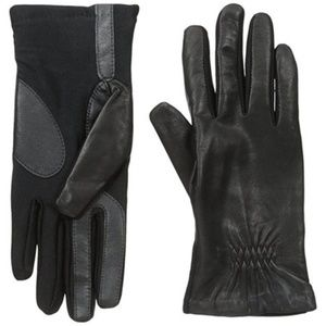 Isotoner Signature smarTouch Stretch Leather Glove